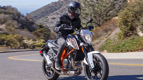 2013 Ktm Duke 690 2013 Ktm Duke 690 Review Rideapart