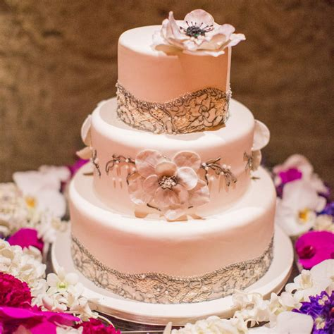 Wedding Cake Cost by Wedding Wednesdays Q A How Much Do Wedding Cakes Cost