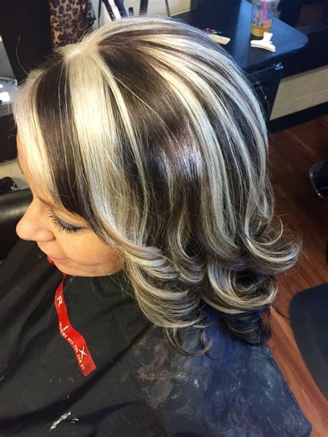 chocolate hair with platinum highlight pictures medium brown with platinum chunky highlights hair by