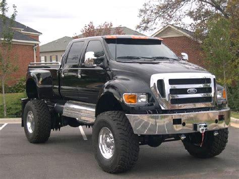 Big ford trucks   World Of Cars