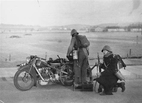 Indian Motorrad Wesel by A Century Of War In Photos Rare Interesting Photo