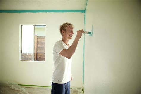 how to paint a wall like a pro hss blog how to paint vinyl mobile home walls like a pro