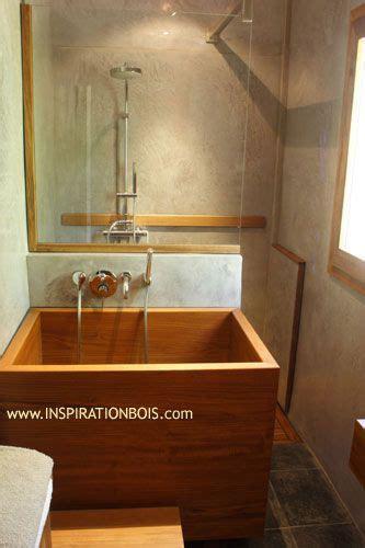 baignoire en bois japonaise espace de relaxation avec baignoire japonaise