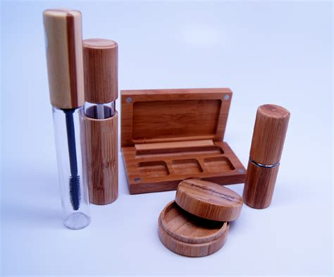 Cargo Plant Biodegrable Lipstick by Eco Friendly Bamboo Cosmetic Packaging