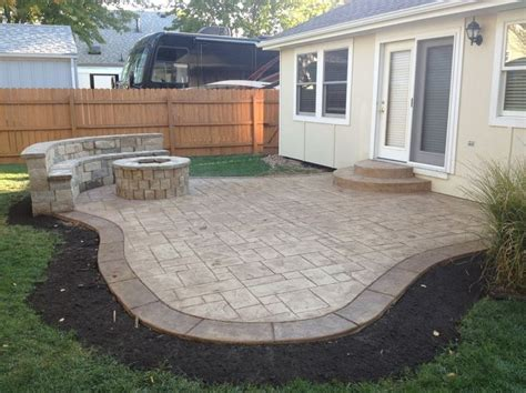 Concrete Patio Designs Layouts 25 Best Ideas About Patio Layout On Patio Design Backyard Patio Designs And