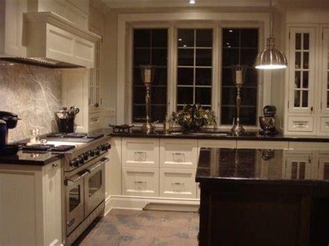cream and black kitchen ideas 25 best ideas about dark granite kitchen on pinterest