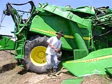 how to repair a wreck combine 9760 sts youtube
