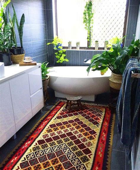 Salle De Bain Jungle ambiance jungle dans la salle de bain floriane lemari 233