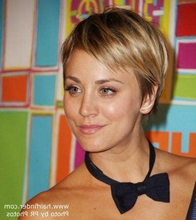 how to cut your hair short like kaley cucoa 20 best of kaley cuoco new short haircuts