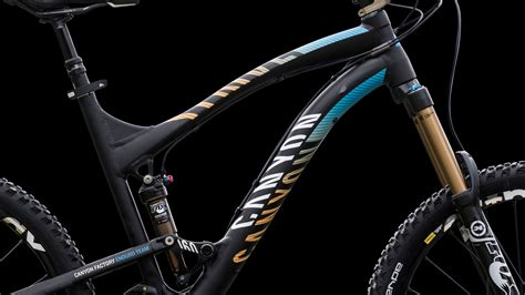 Accent Color by Canyon Bicycles Corporate Design For The Canyon Factory Enduro Team Kms Team