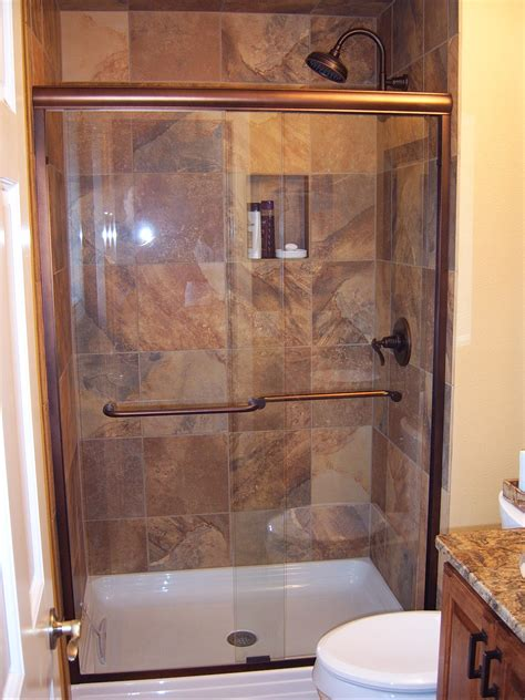Simple Small Bathroom Decorating Ideas by Bathrooms Suprising Small Bathroom With Simple Bathroom