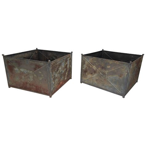 Large Zinc Planter by Pair Of Large Zinc Garden Planters At 1stdibs