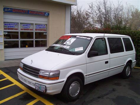 plymouth voyager 1993 1993 plymouth voyager pictures information and specs