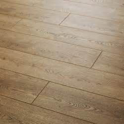 laminate flooring quattro 8 oak laminate laminate carpetright