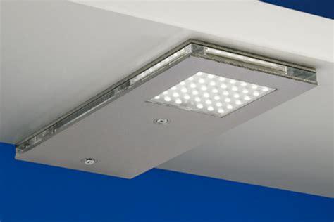 beleuchtung küche unterschrank unterschrankbeleuchtung bestseller shop f 252 r m 246 bel und