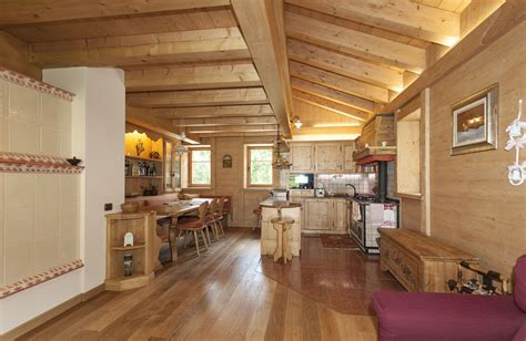 legno in cucina cucina legno chiaro arredo cucina moderna su misura