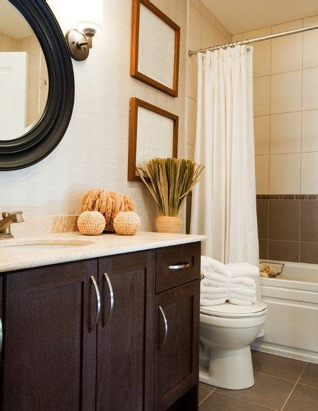 decorating small bathrooms small bathroom decorating for the home pinterest