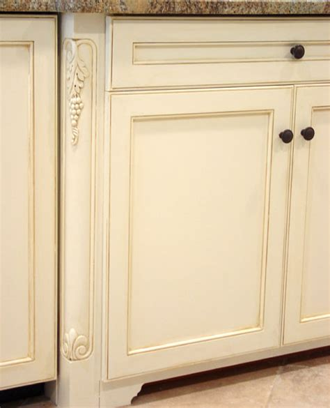 Kitchen Cabinet Painting Techniques by Are Painted Kitchen Cabinets Durable Arteriors