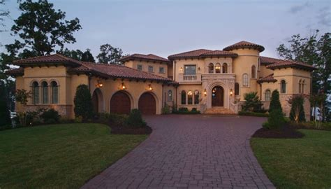 mediterranean style homes 1000 images about exterior makeover on