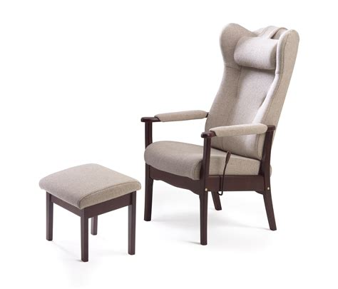 recliner armchairs for the elderly recliner armchairs for the elderly and lolesinmo com
