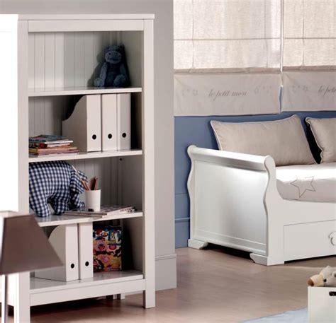 librero de madera para niños estanterias habitacion infantil tres ambientes en un
