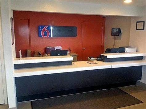 motel 6 front desk front desk picture of motel 6 rock rock