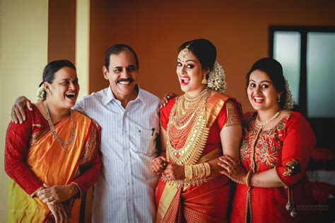 film actress bhavana engagement photos serial actress bhavana wedding photos kerala wedding style