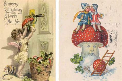 santa   shrooms  real story   design  christmas vintage holiday cards