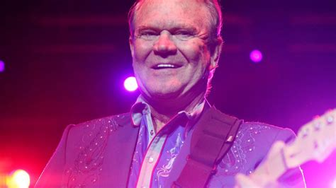 glen cbell country music legend dead at 81 read our review of his 2012 sands show and