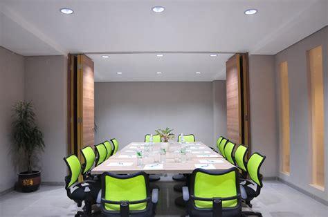 layout ruangan seminar 8 ruang meeting di jakarta dengan fasilitas proyektor gratis
