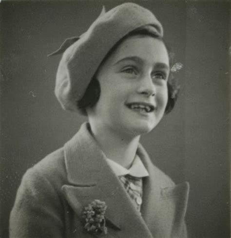 anne frank biography year 6 anne frank her life in pictures some of them are rare