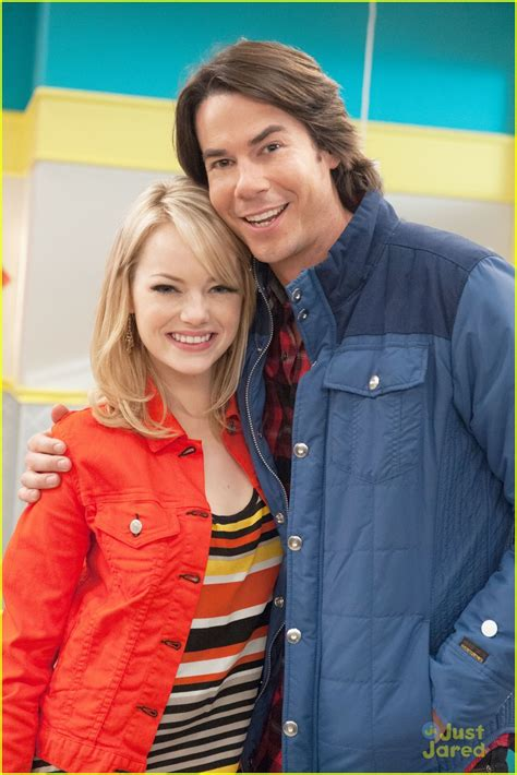 emma stone icarly emma stone on icarly first look photo 502395