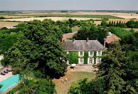 chambre d hote severac le chateau chambres d h 244 tes le ch 226 teau de l abbaye moreilles