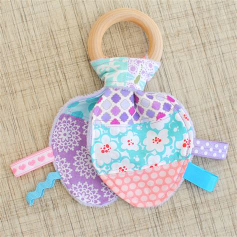 Patchwork Rabbit Pattern - clover violet patchwork ribbons bunny ear wood