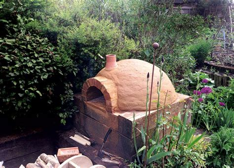 Pizza Plus Garden by How To Build A Wood Fired Pizza Oven Delicious Magazine