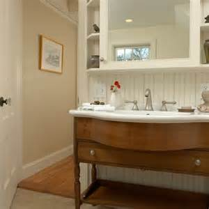 cape cod bathroom design ideas pin by macy britt on cape cod design ideas