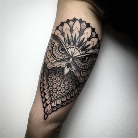 tattoo owl geometric 25 best ideas about geometric owl tattoo on pinterest