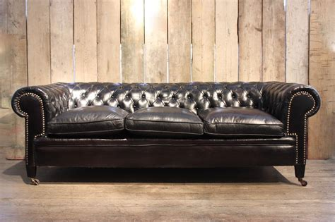 chesterfield sofa dark vintage black leather chesterfield sofa for sale at pamono