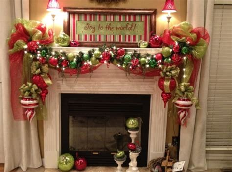 christmas fireplace decorating ideas christmas fireplaces decoration ideas i like the large