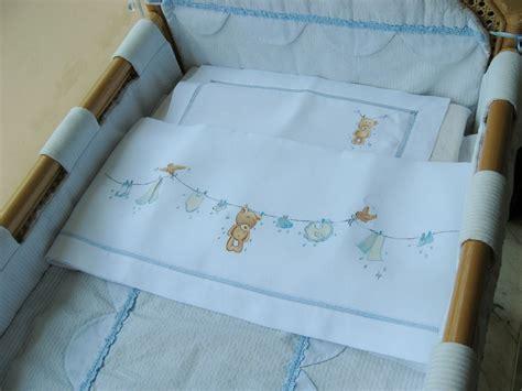come fare un lenzuolino per culla lenzuolino orsetto e panni stesi 171 idee dipinte dipinti