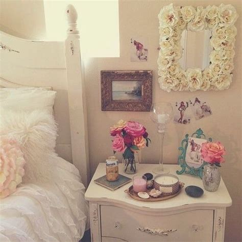14 lovely girly diy room decor ideas bedroom candles cute decor diy image 4414244 by