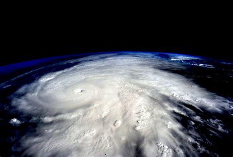 imagenes extrañas del huracan patricia im 225 genes de quot patricia quot el hurac 225 n m 225 s poderoso grupo