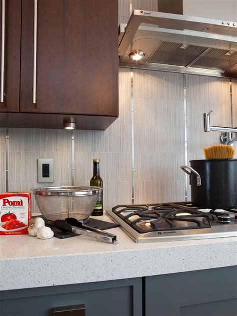How Thick Are Countertops by Thick Quartz Countertops And Vertical Backsplash