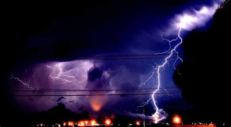 can lightning strike you in the bathtub can you be struck by lightning in the bathtub hppr