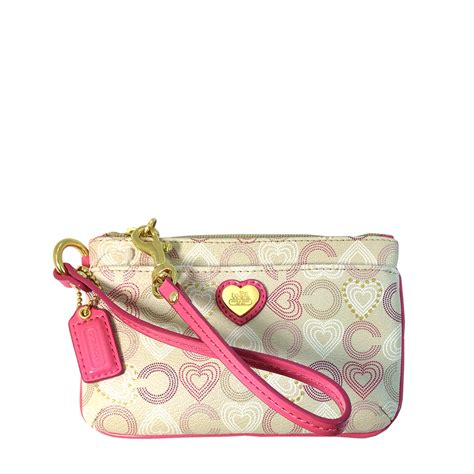 couch wristlet snap n zip fashion accessories coach waverly hearts