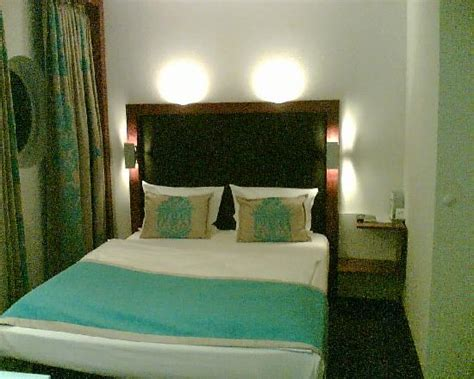 motel one queensize bett blick ins bad bild motel one m 252 nchen city ost