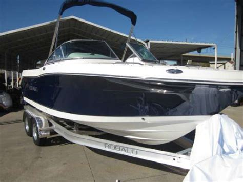 robalo boat merchandise 2016 robalo r207 21 foot 2016 robalo motor boat in plano