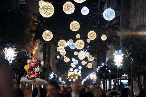 salerno illuminazioni natalizie fiera internazionale turismo stand comune di salerno
