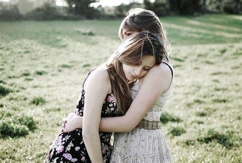 imagenes para amigas que estan tristes fotos de amigas tumblr