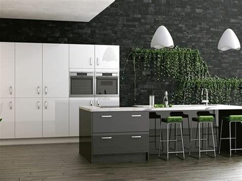 cuisine moderne design meuble cuisine cuisine gris anthracite 56 id 233 es pour une cuisine chic